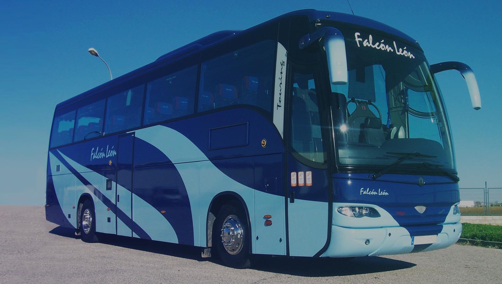 ervicios de alquiler de autobuses para las comuniones