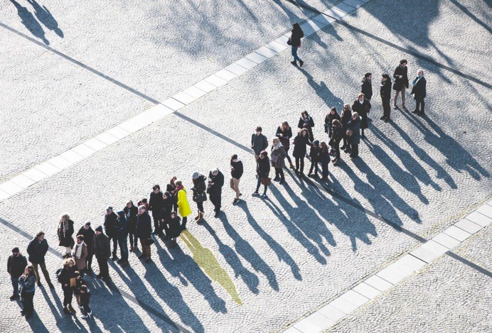 El alquiler de autobuses para 55 personastiene su propio nombre - Falcón León